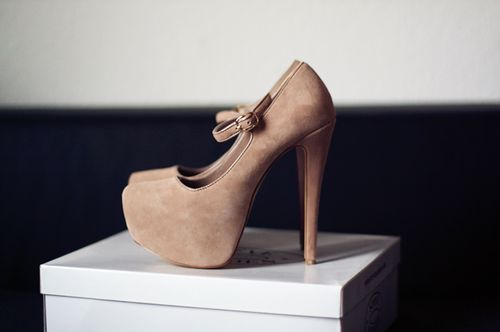 #shoes #high #heels #highheels #rose #white #box #amazing #beautiful