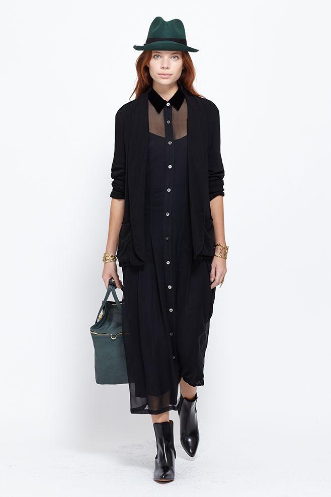 No. 6 Opulent Velvet Collar Dress (Onyx)
