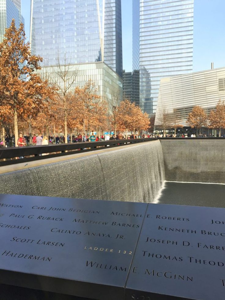 A sightseeing day in New York City from the West Village down to the 9/11 Memorial and Wall Street. // Family Travel | Travel with Kids | Holidays in NYC