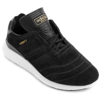 Trazendo amortecimento revolucionário e biqueira bordada, o Tênis Adidas Busenitz Pure Boost Preto é a manobra certa para elevar os traços street de suas produções. O calçado oferece aderência ao board.   Netshoes
