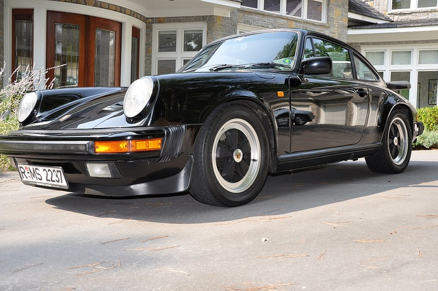 1985 Porsche Carrera 911 - European Model