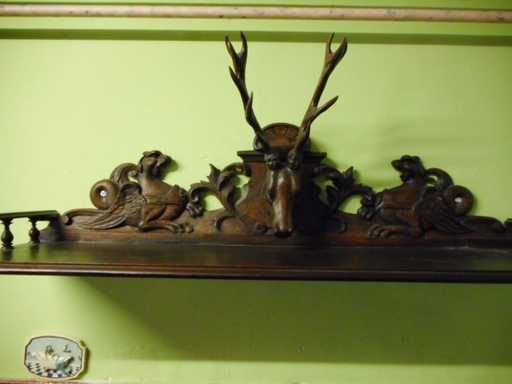 Lot: Antique hand-carved deer ( hunting ) hat rack, Lot Number: 0080, Starting Bid: €1, Auctioneer: Meyers Tradings, Auction: European antiques & Curiosities auction, Date: February 20th, 2018 CET