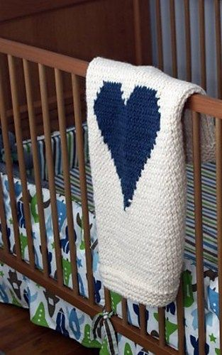 Free knitting pattern for Heart Baby Blanket in super bulky yarn