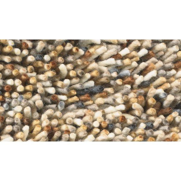 Vloerkleed Rocks van het merk Brink en Campman is pluisarm, antistatisch, geluiddempend, comfortabel en geschikt voor vloerverwarming. Het is geweven geweven van hoogwaardig Nieuw-Zeelandse scheerwol. Dit vloerkleed is een verrijking voor ieder interieur!