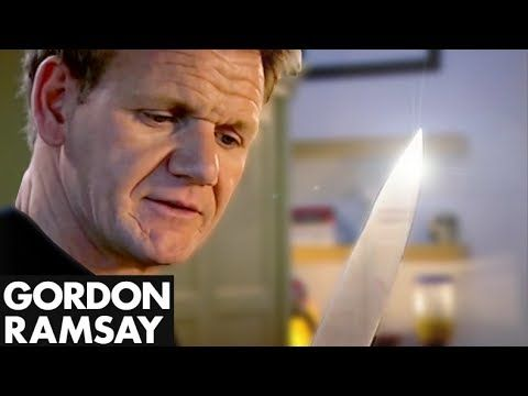 Interested in sharpening your kitchen skills? It's the pro chefs you should listen to. You'd be surprised to know that some of the best in the business run channels on YouTube.