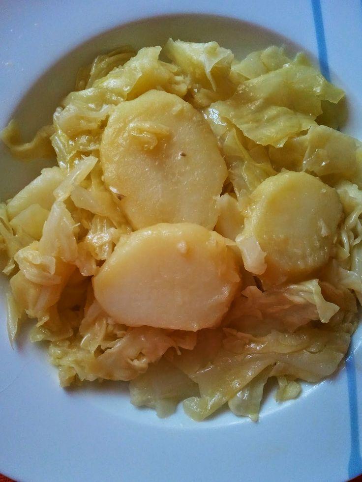 Varomeando: Repollo con patatas al vapor con ajada