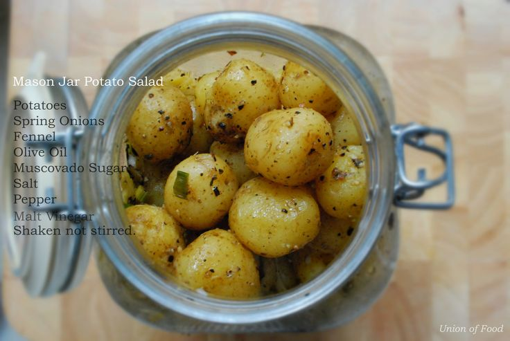 Super simple mason jar potato salad. Great idea for transporting, fourth of july picnic, glamping and summer! Saaristo meininkiä blogin puolella. www.unionoffood.com