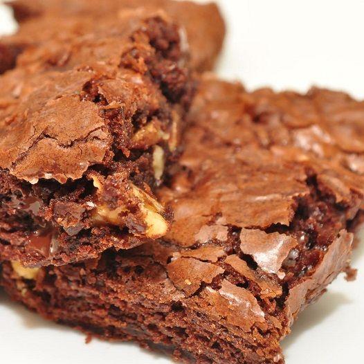 Receita de Brownie de Alfarroba com Biomassa de Banana Verde sem Glúten e sem Lactose