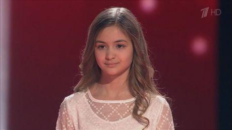 """Iuliana Beregoi se pregăteşte intens pentru finala concursului """"Golos Deti"""" (VIDEO)"""