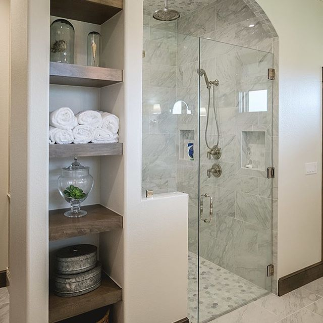 Gorgeous Ways To Incorporate Scandinavian Designs Into: I Love Incorporating Shelves Into Bathroom Design