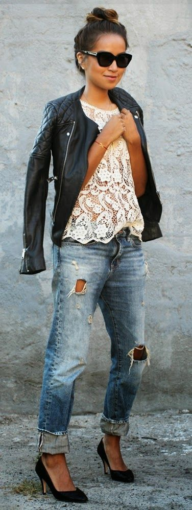 Pretty Lace Top with Classic Jeans and Killer Pump...