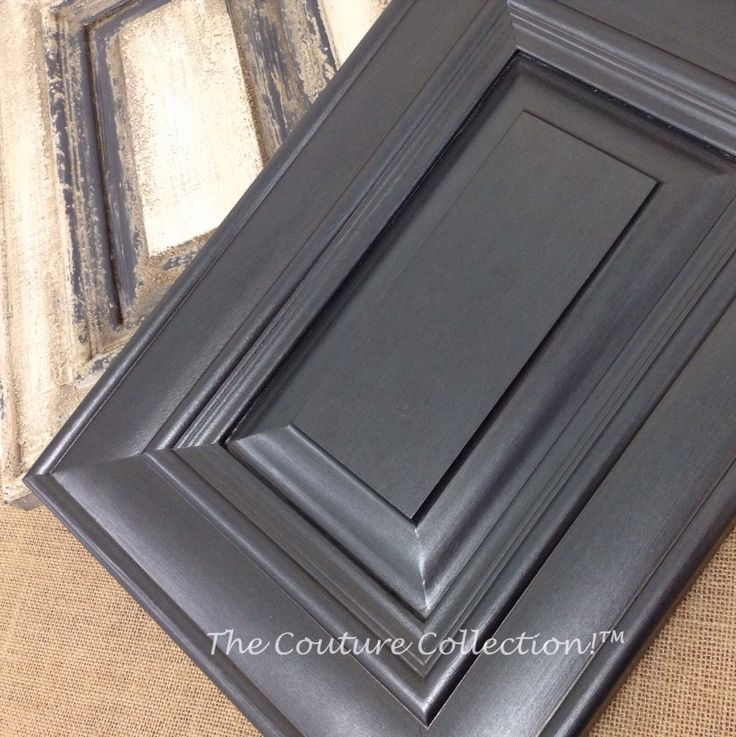 Paint And Glaze Kitchen Cabinets: This Cabinet Door Is Painted With Shale Stone Paint