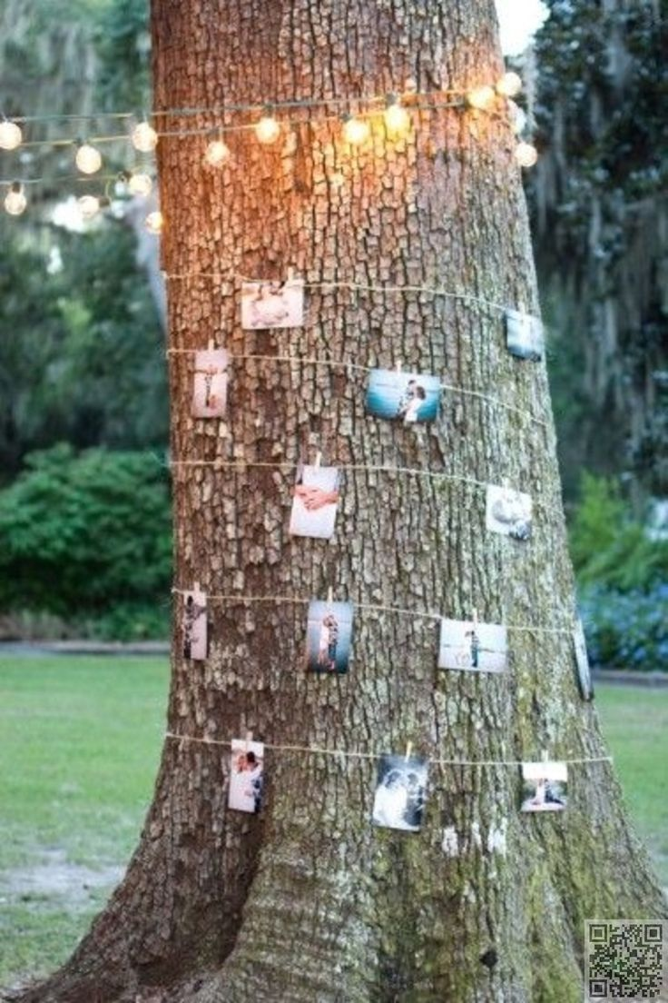 3. Tree #Photos of the Happy #Couple - 51 Ideas for Your #Outdoor #Wedding ... → Wedding #Petals