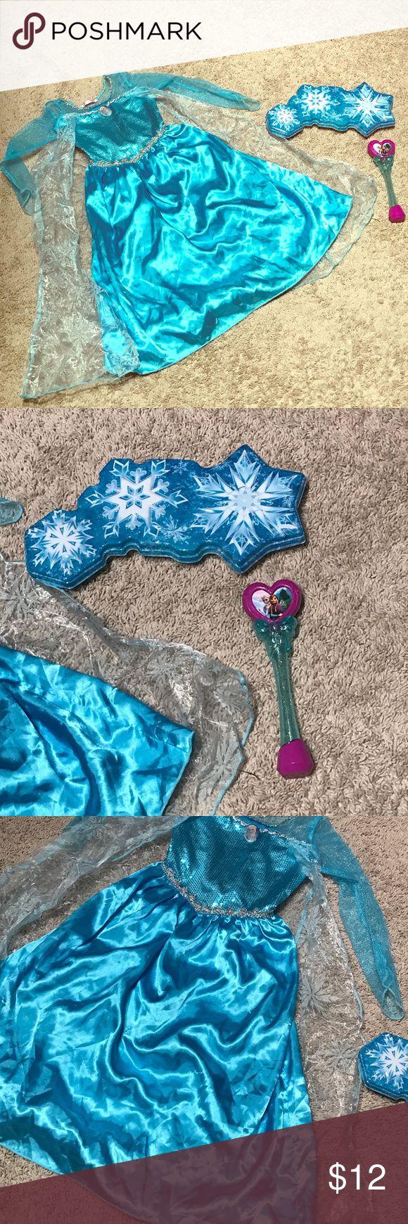 Frozen Elsa Dress Up Costume plus Accessories Frozen Elsa Dress Up Costume plus Accessories. Size 4/5 Costumes