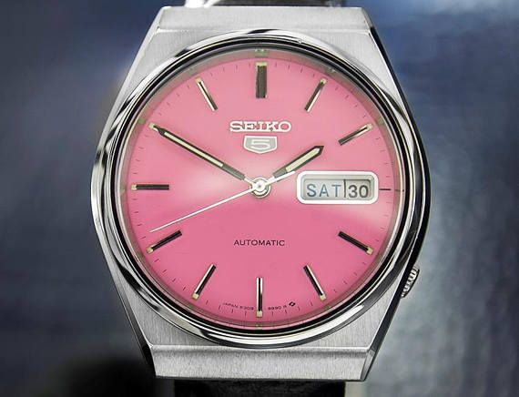 Seiko 5 Mens Automatic Watch With Beautiful Pink Dial 1970s