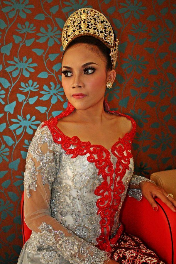 Kebaya Terbaru by www.GrosirKebaya.Net