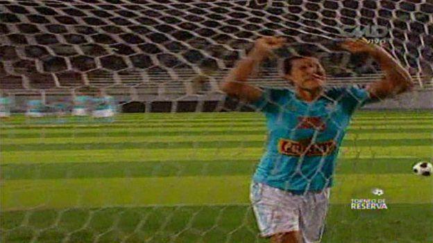 Sporting Cristal: el peor penal pateado en la historia del estadio Nacional (VIDEO) #Depor