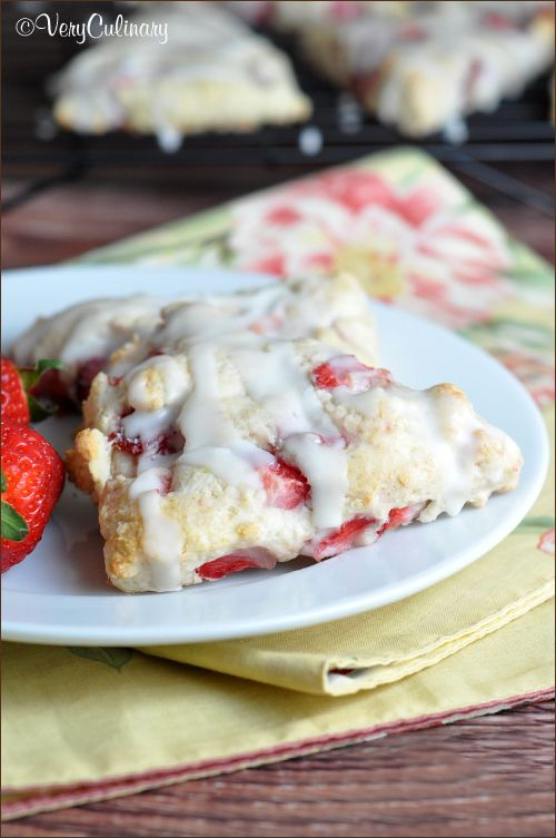 scones with fresh strawberries throughout and a dreamy glaze!: Scones ...