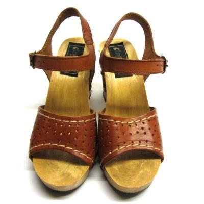 90's heels at http://www.doortje-vintage.com/nl/vintage ...