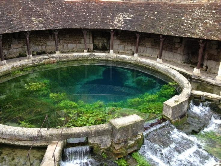 #Fosse Dionne - #Tonnerre - #Yonne - #Bourgogne #France