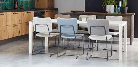 25 beste idee n over eettafel stoelen op pinterest for Bruine leren stoel
