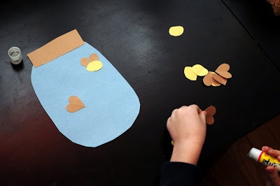 OCTOBER:Nocturnal Animals: firefly craft Use yellow paint/thumb prints instead and maybe make it math and have them do a certain number.