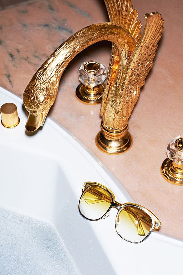 I will bet you that one of the stars of the Shahs of Sunset has this very same gold faucet.