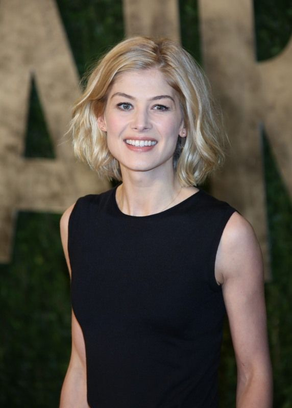 Rosamund Pike at the 2013 Vanity Fair Oscar Party 117756