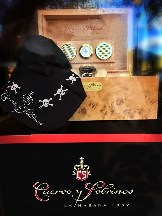 """The main window of Louis Pion has been embedded with the Cuervo y Sobrinos """"TORPEDO PIRATA GMT"""""""