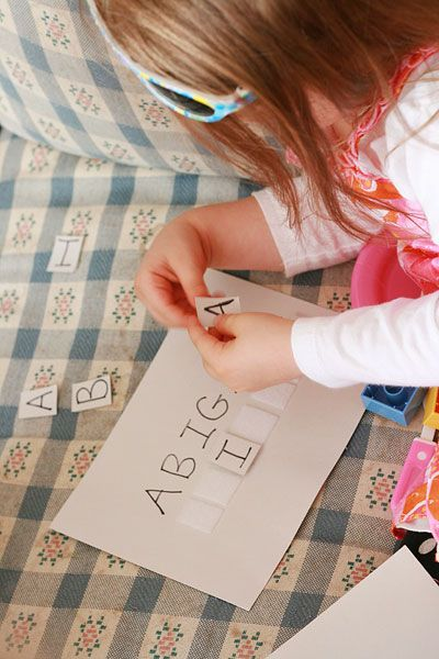 a great way to teach your kids how to spell their name (2-4 year olds) :) Beginning of the year. We did this with first and last name. I call them name puzzles