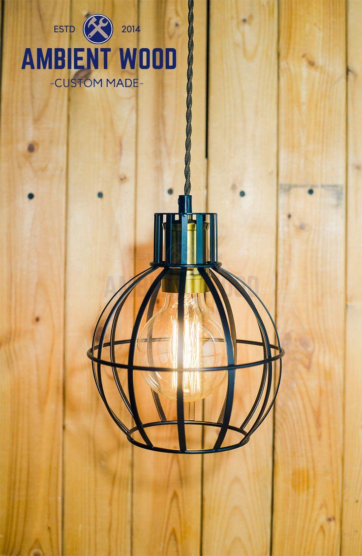 Ronde suspension Cage noir plafonnier en Aluminium industriels, Antique Edison ampoule, lampe, éclairage rustique par AmbientWood sur Etsy https://www.etsy.com/ca-fr/listing/535613007/ronde-suspension-cage-noir-plafonnier-en