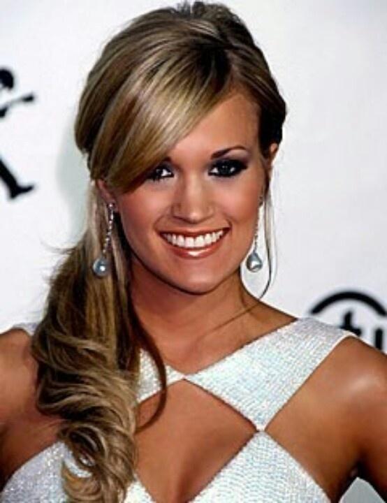 Carrie Underwood, I like the dark hair. | Celebs I love ...