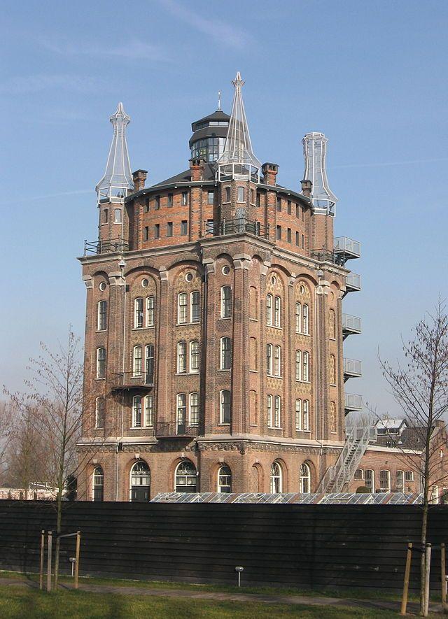 oude watertoren - villa Augustus in Dordrecht