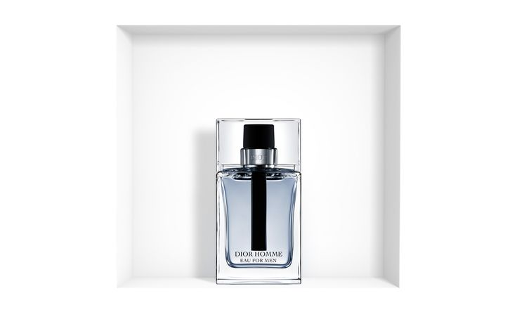 Discover Dior Homme Eau for Men by Christian Dior available in Dior official online store. Beautiful essences and olfactory notes of an iconic fragrance.