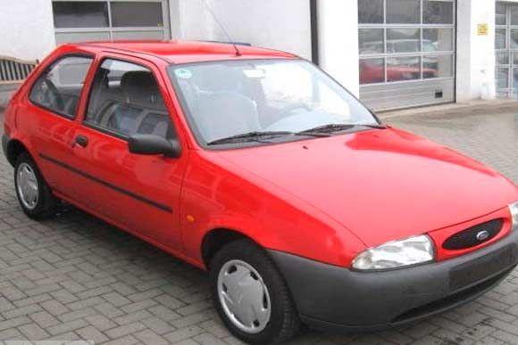 Ficha técnica completa do Ford Fiesta CLX 1.4 16V 1996