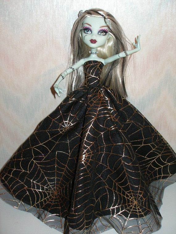 Handmade Monster High doll clothes black and by TheDesigningRose, $18.00