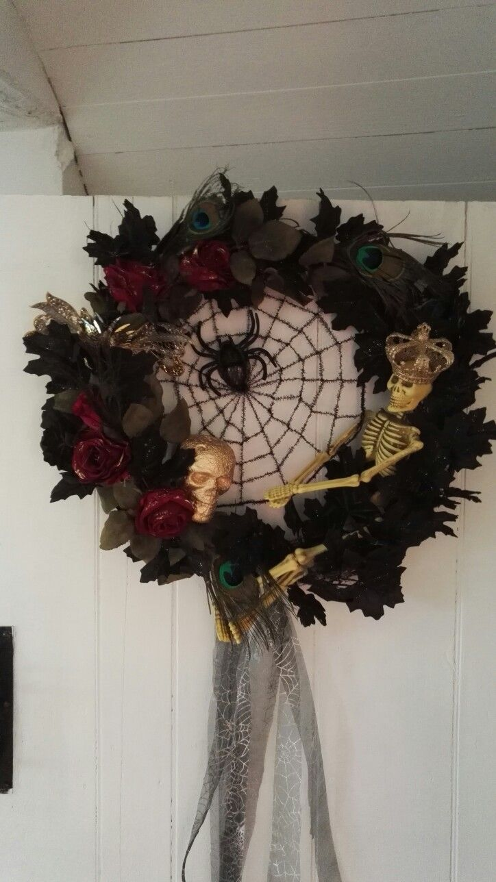 Romantic gothic Halloween twig wreath, (made by me )