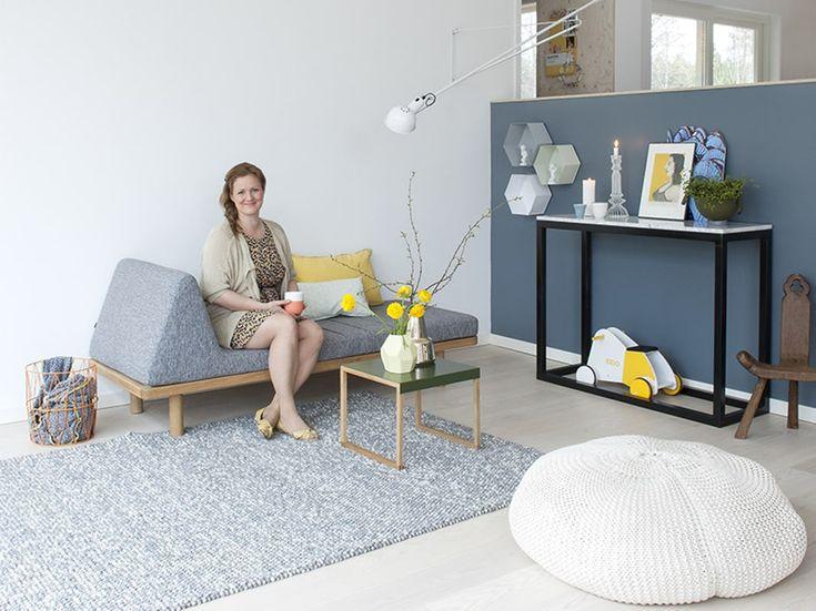 Vegg hjemme hos Siri Kristiansen, malt i blåfargen Høststorm fra Fargerike