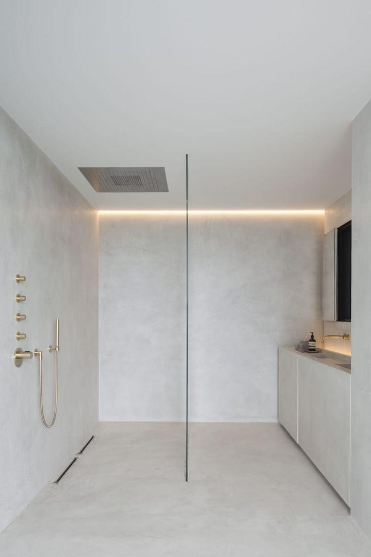 les 25 meilleures id es de la cat gorie salle de bain minimaliste sur pinterest salle de bains. Black Bedroom Furniture Sets. Home Design Ideas