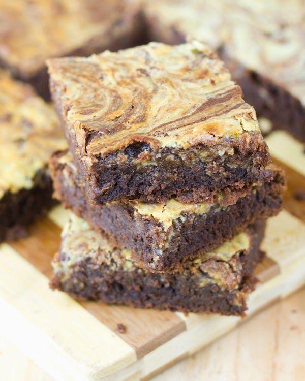 Objetivo: Cupcake Perfecto.: Brownie - cheesecake con cerveza Blondie Brownies, Cheesecake Brownies, Nutella, Cupcakes, Brownie Bar, Sweet Bread, Blondies, A Food, Muffins