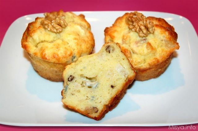 Muffin con gorgonzola, pere e noci