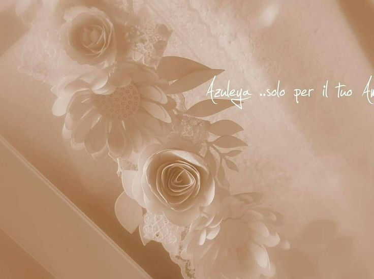 Le  ghirlande di fiori fatti a mano in carta e pizzo fate Azuleya