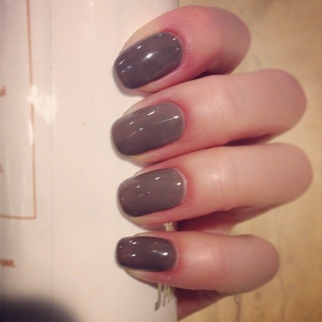red carpet manicure - always slate never early (day 4)
