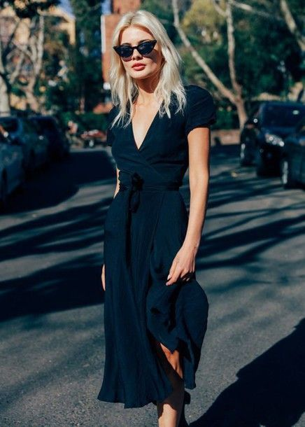 Nice Little Black Dress Idée Tenue Day to night : Dress: tumblr wrap midi black v neck v neck sunglasse...