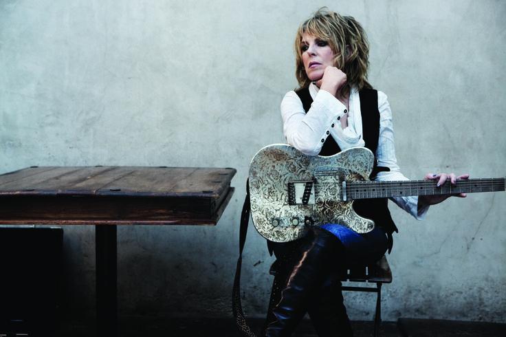 Lucinda Williams komt naar Nederland! De zangeres geeft eind juni twee concerten in TivoliVredenburg en De Oosterpoort.