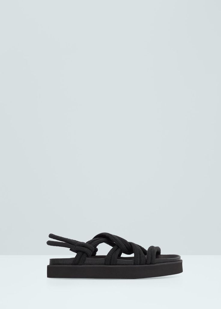 Сандалии с перекрещенными шнурками | MANGO МАНГО