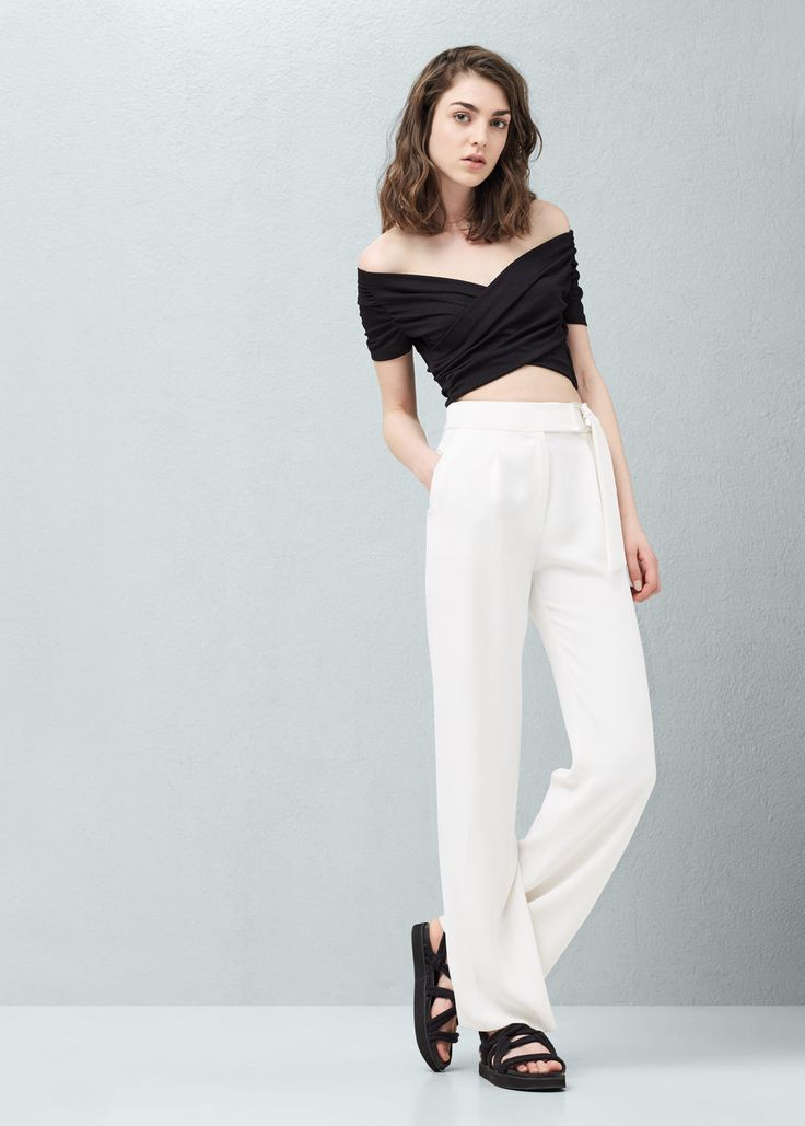 Wrap crop top | MANGO