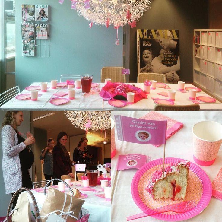 Vandaag werd Kek Mama's Mariëtte op de redactie goed verwend met een babyshower. Rara weet jij wat het gaat worden?  #kekmamamagazine #kekmama #magazine #redactie #baby #babyshower #verwennen #sweet #love #family #kijkjeachterdeschermen #pink #roze #kind #kinderen #kids #cake #kado