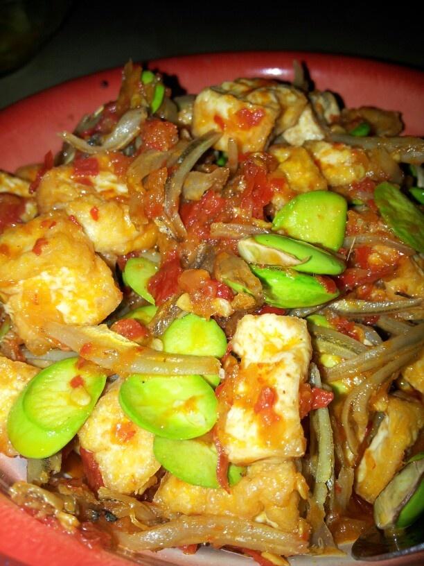 Indonesian Food - oseng tahu teri petai balado #Indonesian recipes #Indonesian cuisine #Asian recipes  http://indostyles.com/
