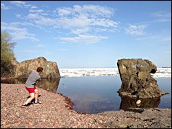 Beaches of Minnesota's North Shore: agate-hunting and rock-skipping